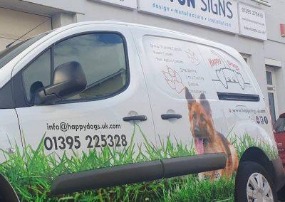 happy dogs van