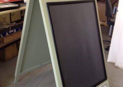 open a frame sign
